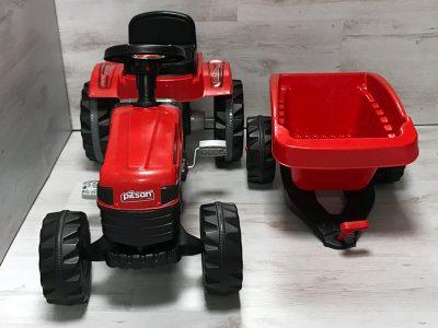 Traktor sa prikolicom